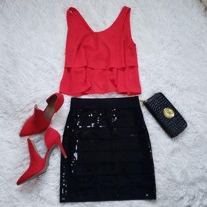 Sparkling black pencil skirt